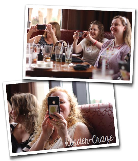 taking-photos-at-the-blogger-meetup