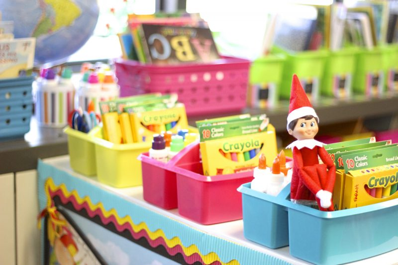 elf-on-the-shelf-in-the-classroom-ideas