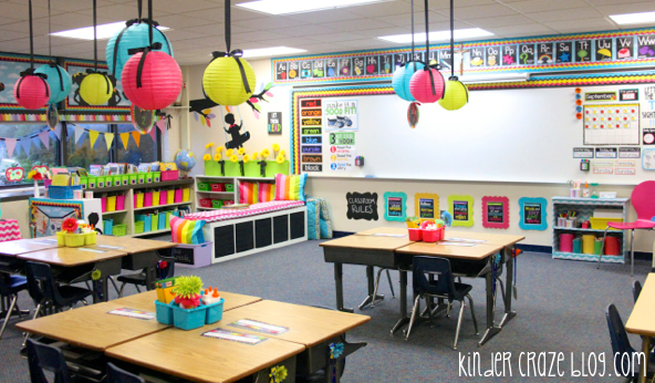 I love this beautiful kindergarten classroom