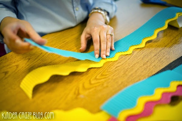 tips for creating perfectly layered borders around your classroom bulletin board