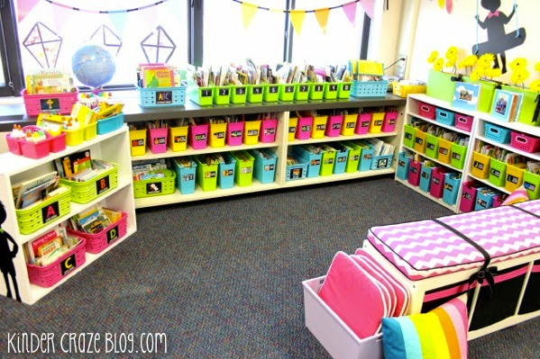 beautiful kindergarten classroom library!