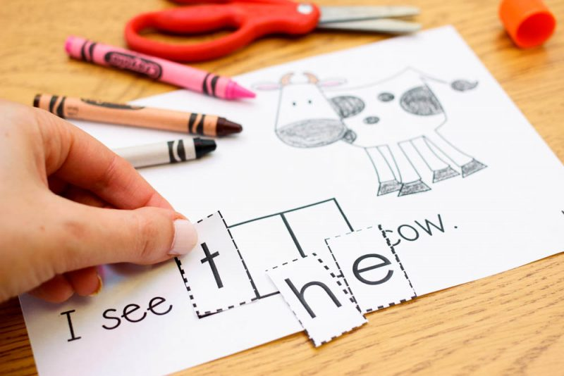 "FREE practice book to teach sight word ""the"""