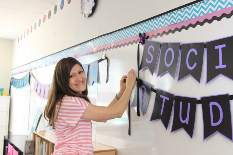 FREE Pennant Letters for the classroom | Kinder Craze kindergarten teaching blog