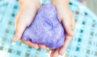 Mess Free Glitter Slime Recipe</br> that's Safe for Kids