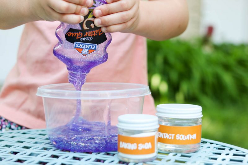 3 ingredient glitter slime recipe | mess-free slime recipe for kids